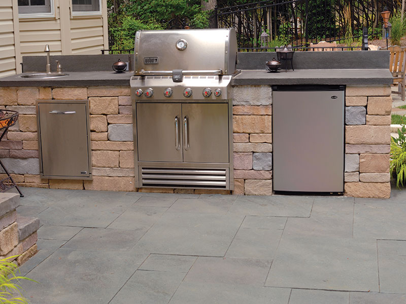 Chapel Stone® Garden Walling, SlateFace® Pavers, Outdoor Kitchen